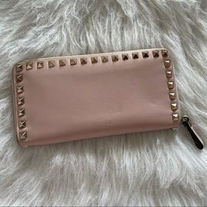 Authentic valentino leather long zip wallet